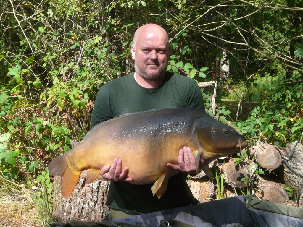 Lake Record Falls With This 54lb 4oz Fin Perfect Mirror
